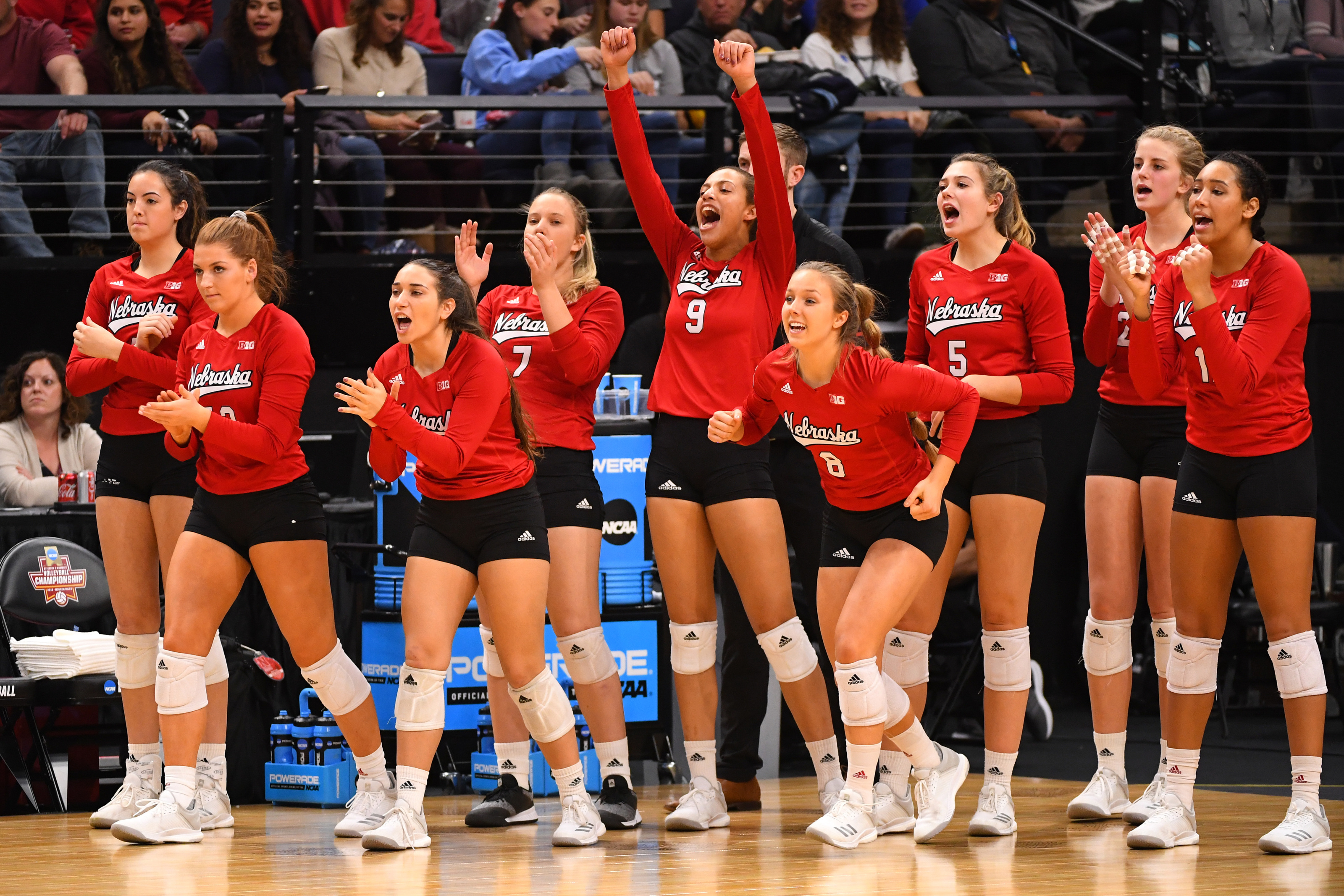 Nebraska Volleyball Same Starting Lineup Gives Huskers Advantage